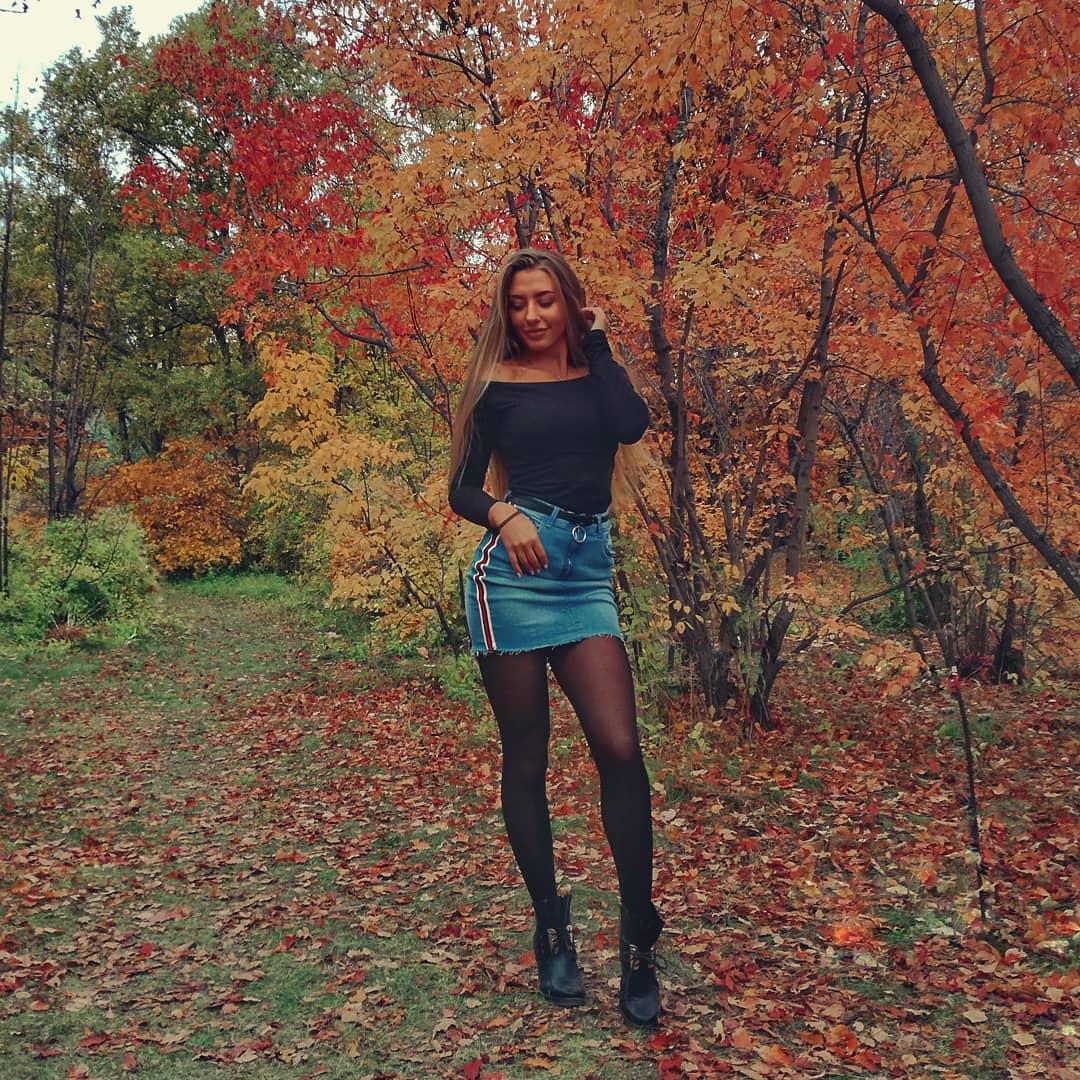 Alina-Cherepanova-Wallpapers-Insta-Fit-Bio-7