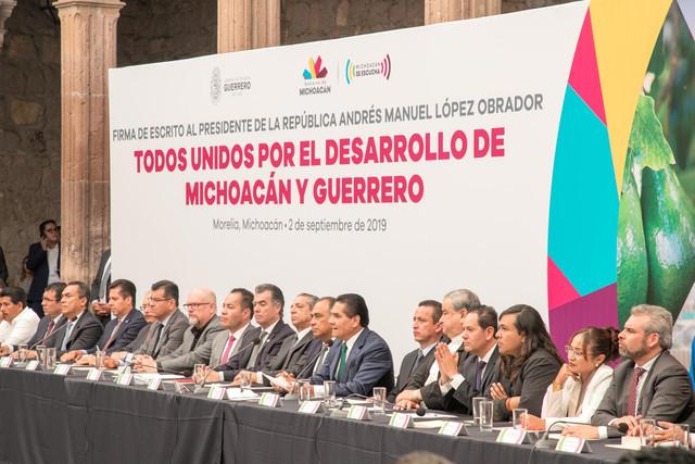 Firma-Michoaca-n-Guerrero-31