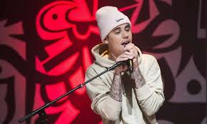 Justin-Bieber-Biography