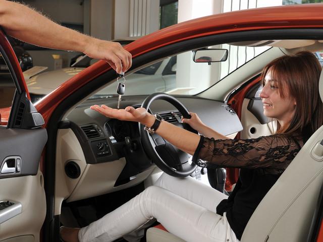 прокаты машины без водителя