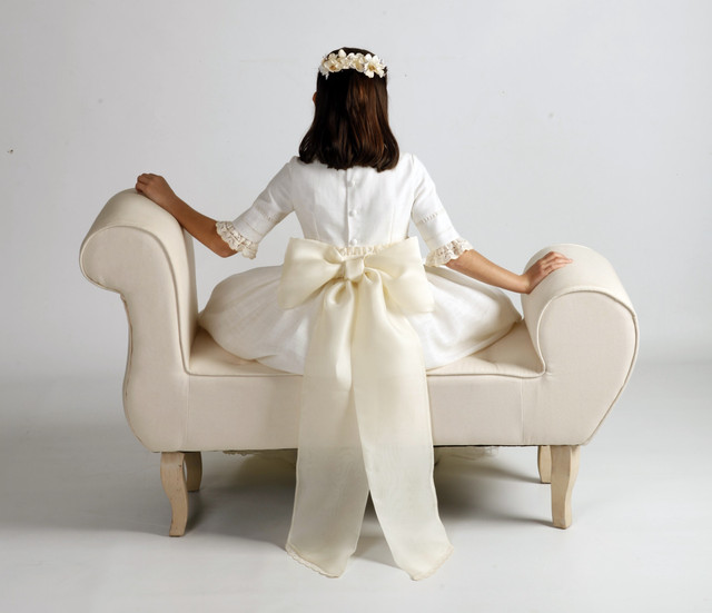 vestidos-de-comunion-leonor-y-sofia-1