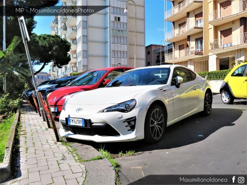 Avvistamenti auto rare non ancora d'epoca - Pagina 20 Toyota-GT86-2-0-200cv-18-FM643-VR-1