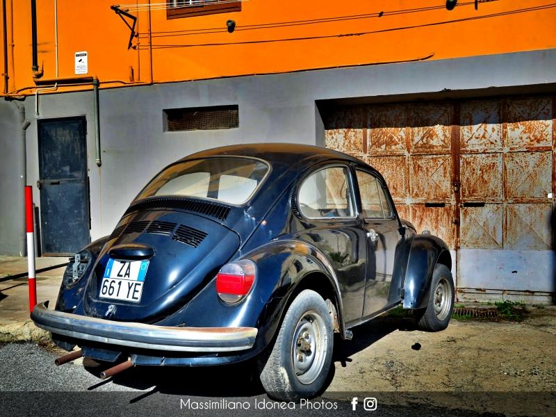 avvistamenti auto storiche - Pagina 38 Volkswagen-Maggiolone-1-3-44cv-73-ZA661-YE-2
