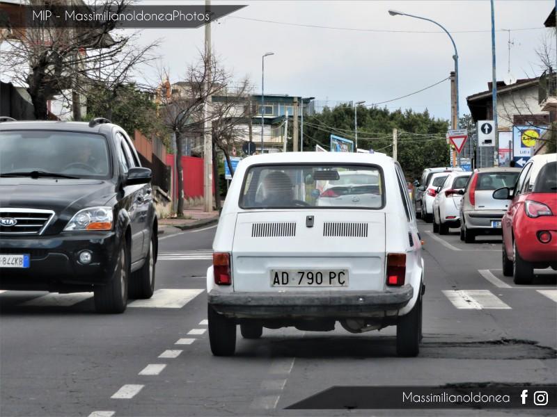 avvistamenti auto storiche - Pagina 15 Fiat-126-650-23cv-84-AD790-PC