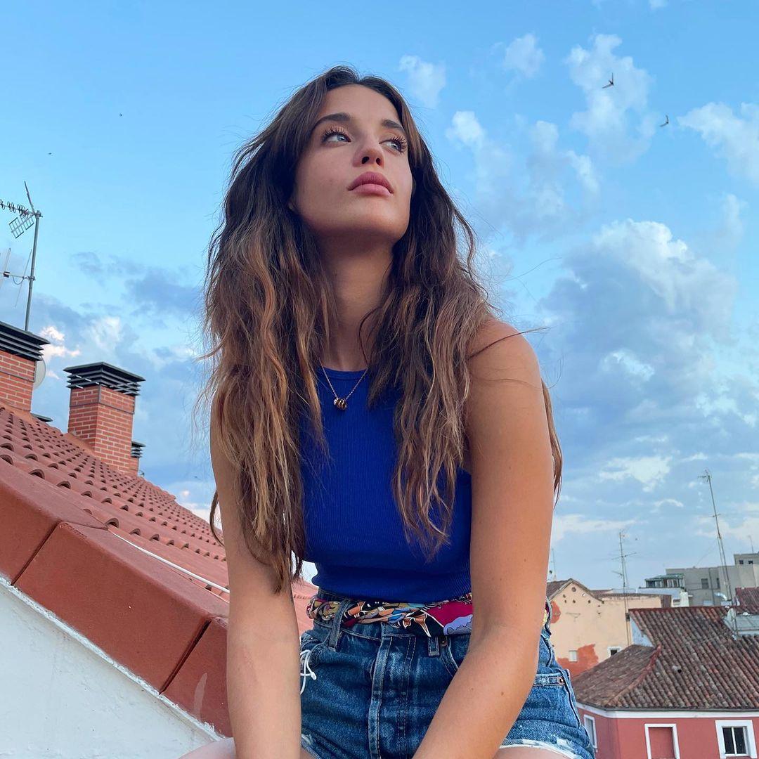 Maria-Pedraza-Wallpapers-Insta-Fit-Bio-2