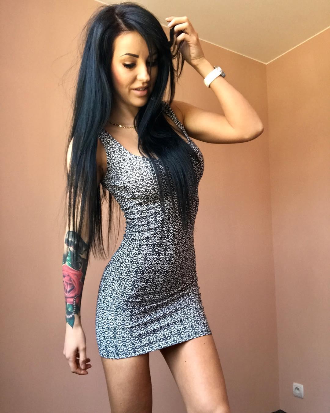 Natalia-Fitnesska-Wallpapers-Insta-Fit-Bio-6