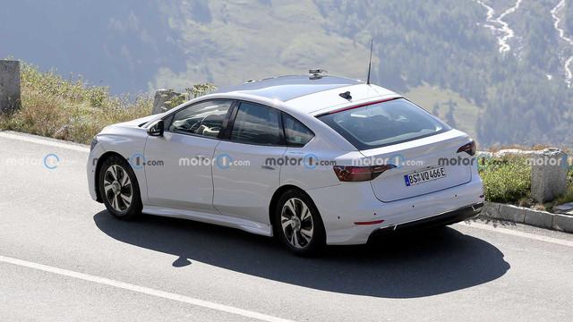 2022 - [Volkswagen] ID berline 6-F90-FB77-0046-440-E-8190-E4-E72567-E588
