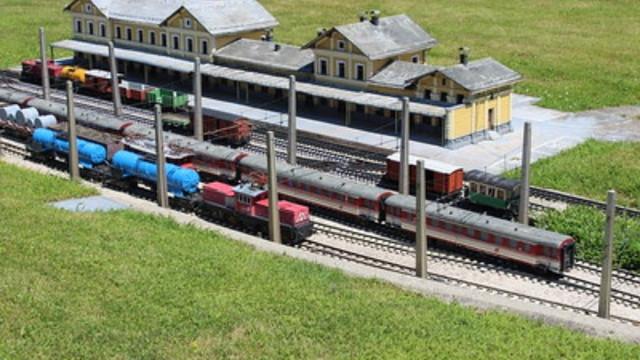 شركة,القطارات,النمساوية,تعزز,أسطولها,بقطارات,حديثة
