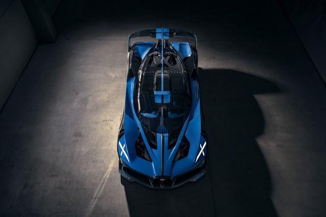 Édition de photos de Bugatti – Le Bolide de Bugatti est bien vrai Bugatti-bolide-daylight-11