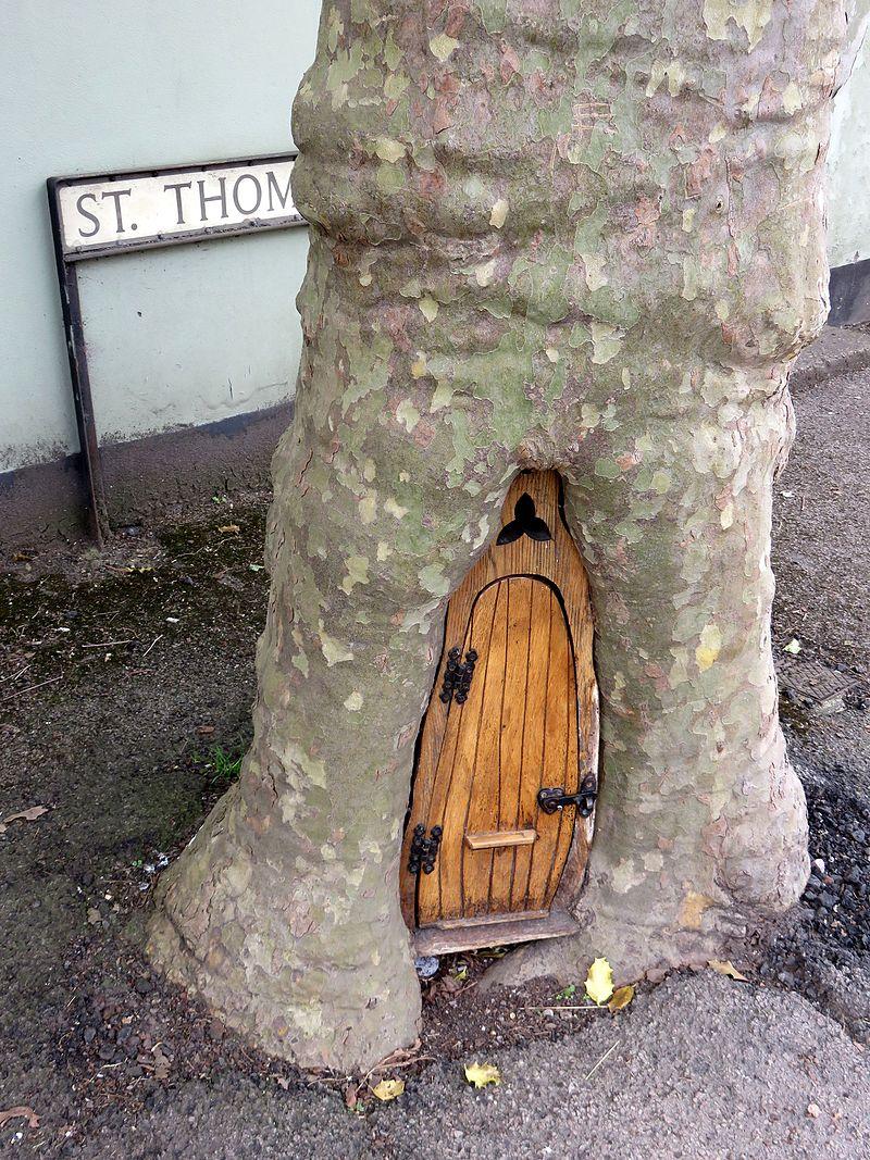 Monmouth-fairy-door