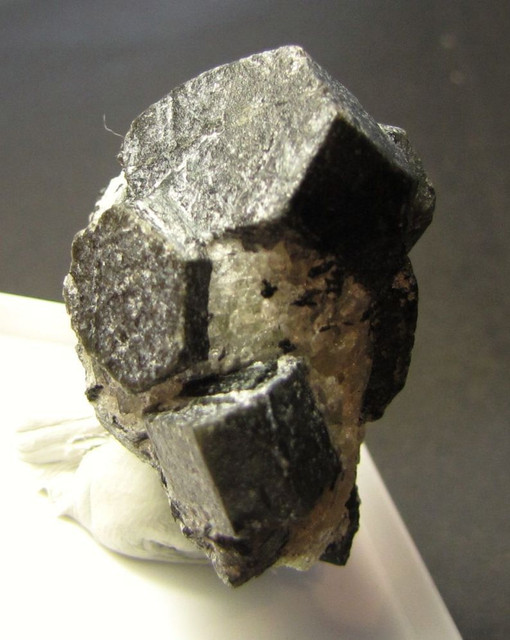 m-nefel-3-1174