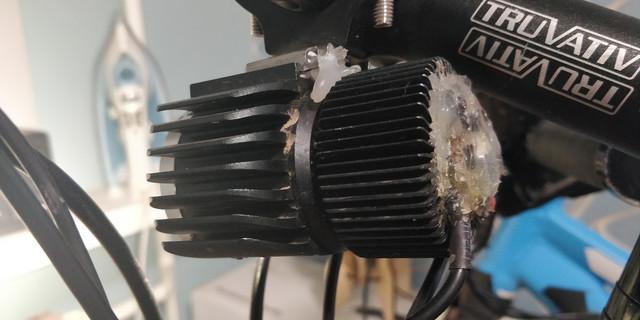 Светодиодная фара на электровелосипед