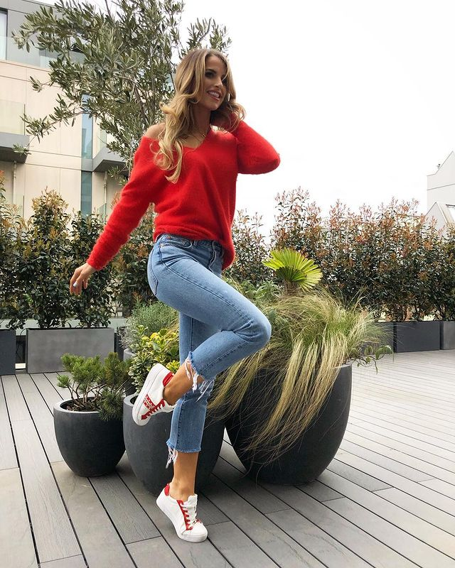 Photo-shared-by-voguewilliams-on-March