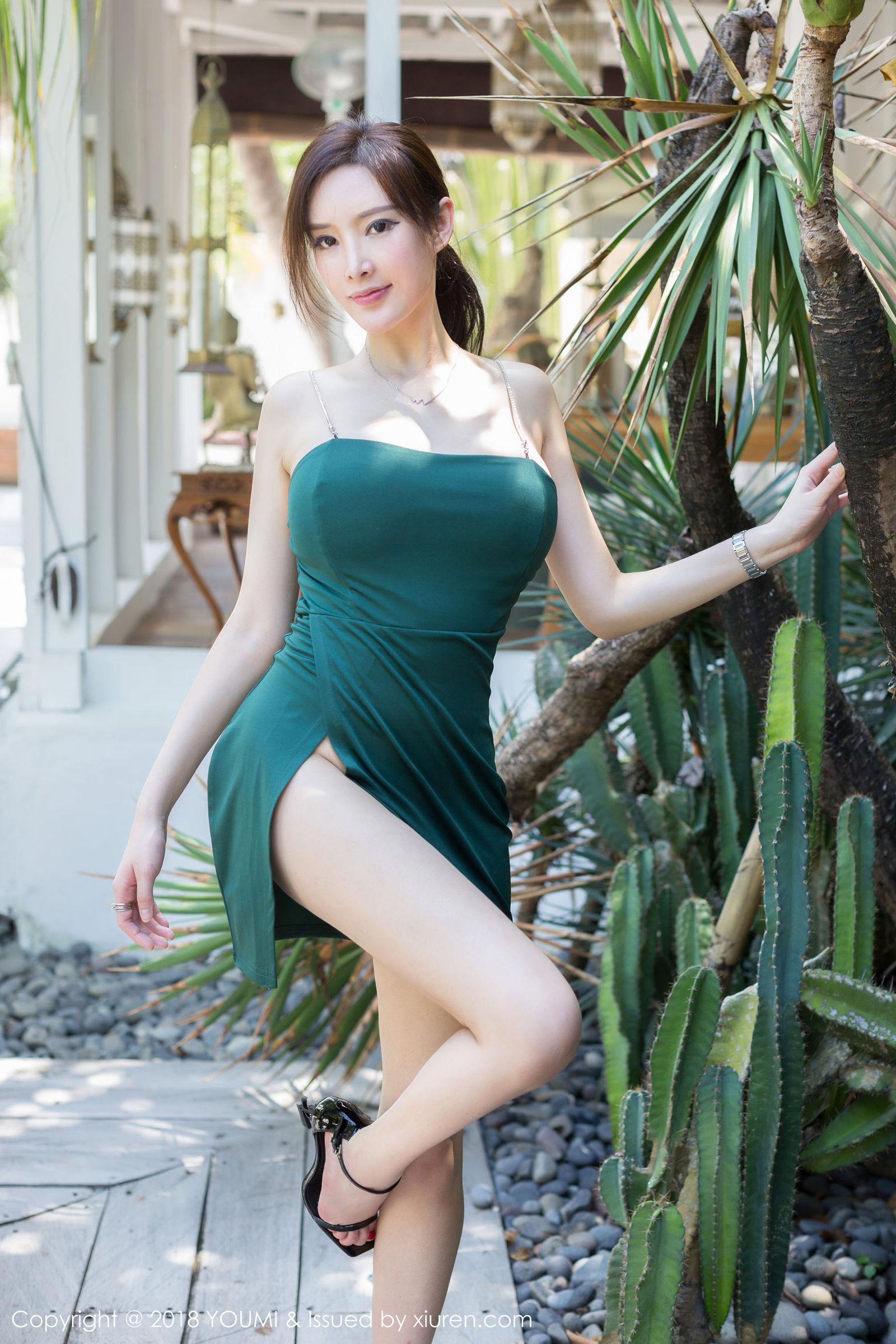 [YouMi尤蜜荟] Vol.188 女神@奶瓶土肥圆巴厘岛旅拍写真