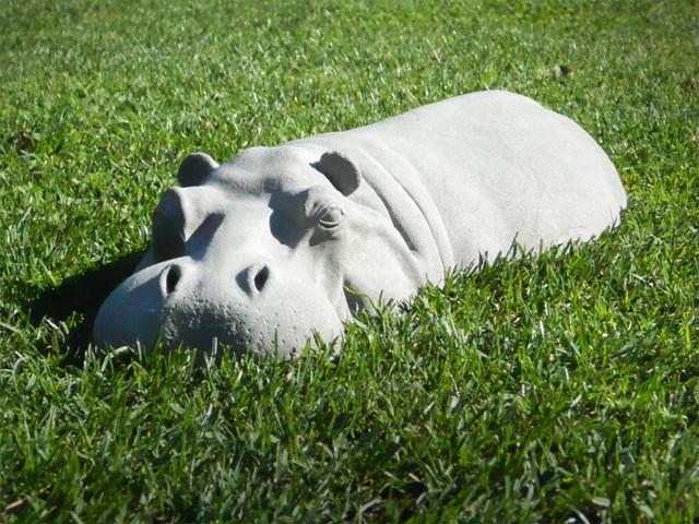 hippo lawn ornament 1