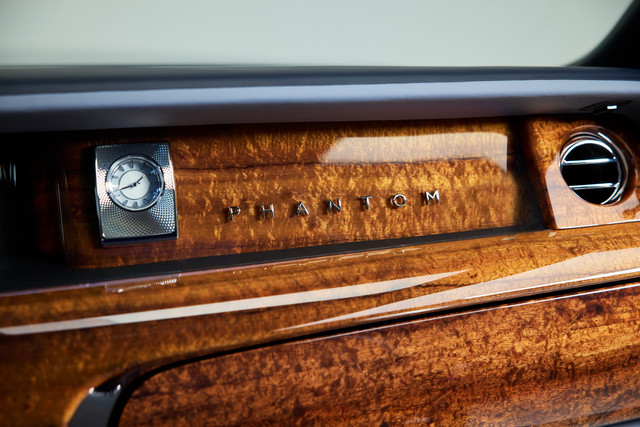 2017 - [Rolls Royce] Phantom - Page 5 BA08960-A-0-DD9-476-D-B2-B6-455-DD597-F6-B6