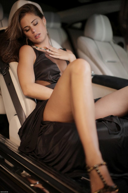 hotty-caprice-riding-marcello-in-his-sportscar-02