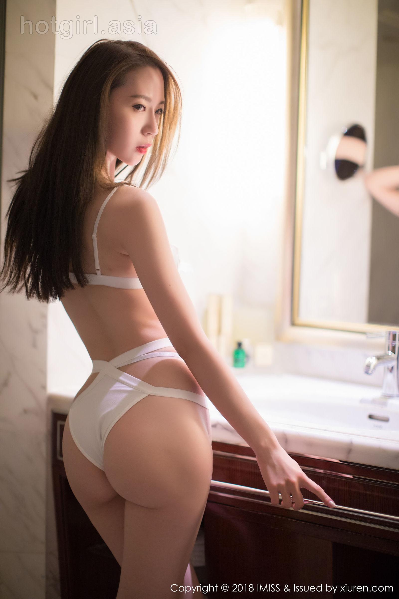 [IMiss爱蜜社] Vol.226 梦心月 – Busty upper circumference + mellow beautiful buttocks