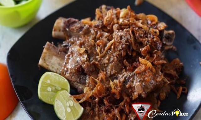 8 Wisata Kuliner di Makassar yang Bisa Bikin Nagih selama liburan