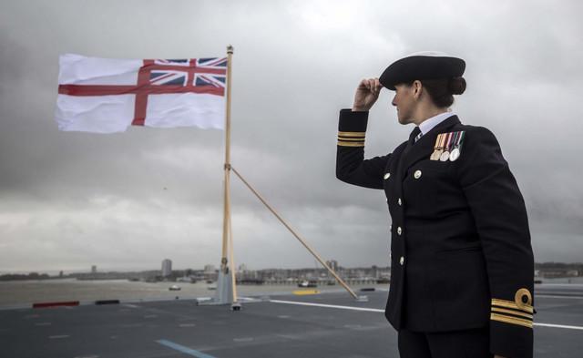 United-Kingdom-Navy-Aircraft-Carrier-December-2017