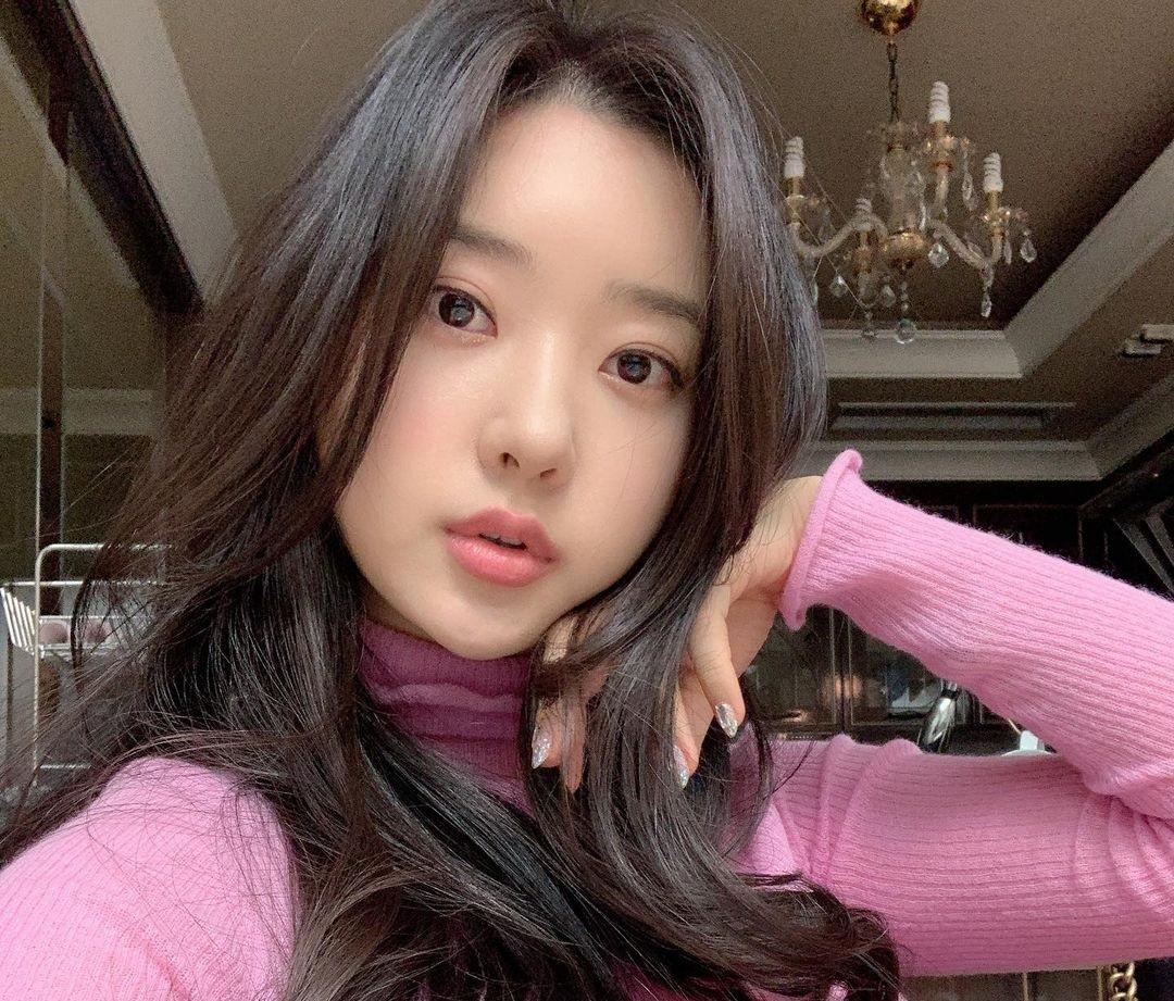 Shin-Jae-Eun-Wallpapers-Insta-Fit-Bio-4