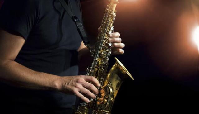 Lima Tips Latihan Rutin Instrumen Saxophone yang efektif