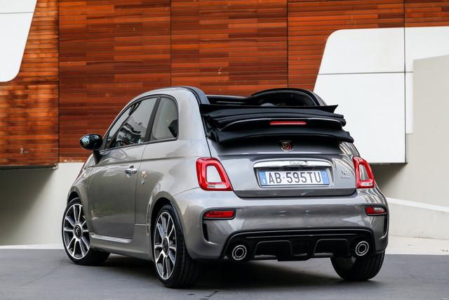 2015 - [Fiat] 500 Restylée - Page 24 2075-CE86-1-B8-A-4-C9-A-A286-BBE26-ADA8692