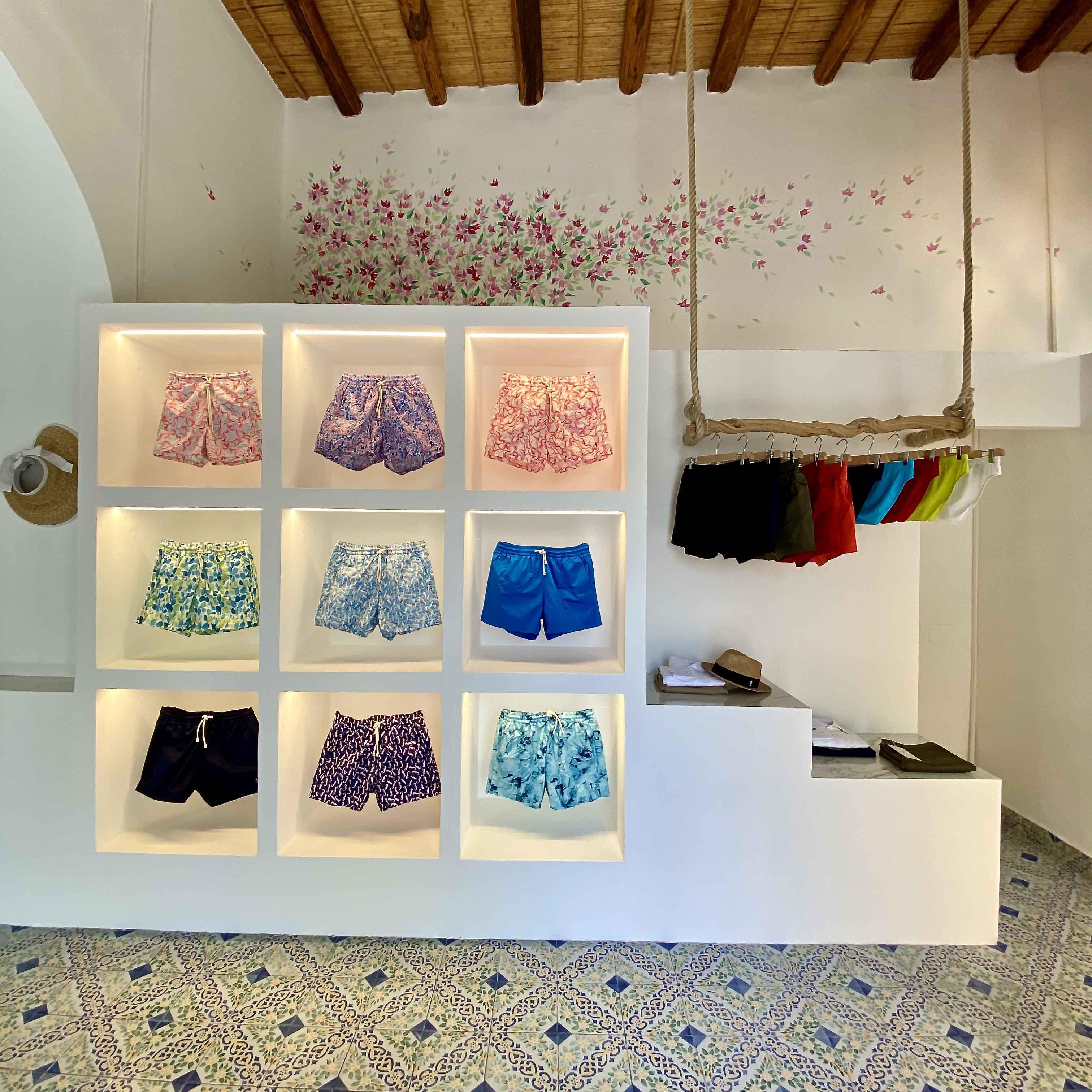 Kampos apre una nuova boutique a Panarea