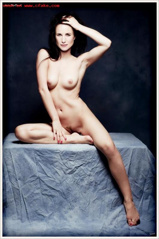 Andie MacDowell nipple slip naked xxx pics