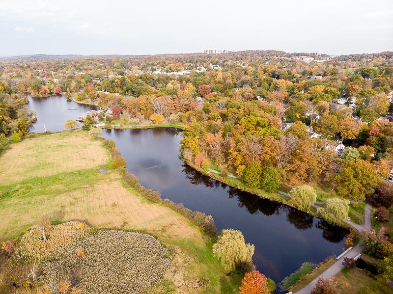colonphoto-com-008-foliage-autumn-season-Verona-Park-in-New-Jersey-20191025-DJI-0760