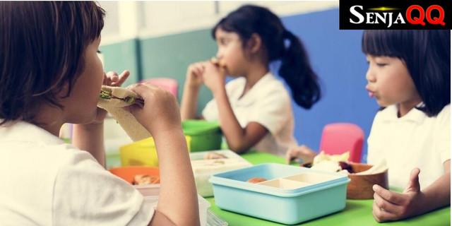 5 Jenis Makanan yang Wajib Ada dalam Bekal Anak Sekolah