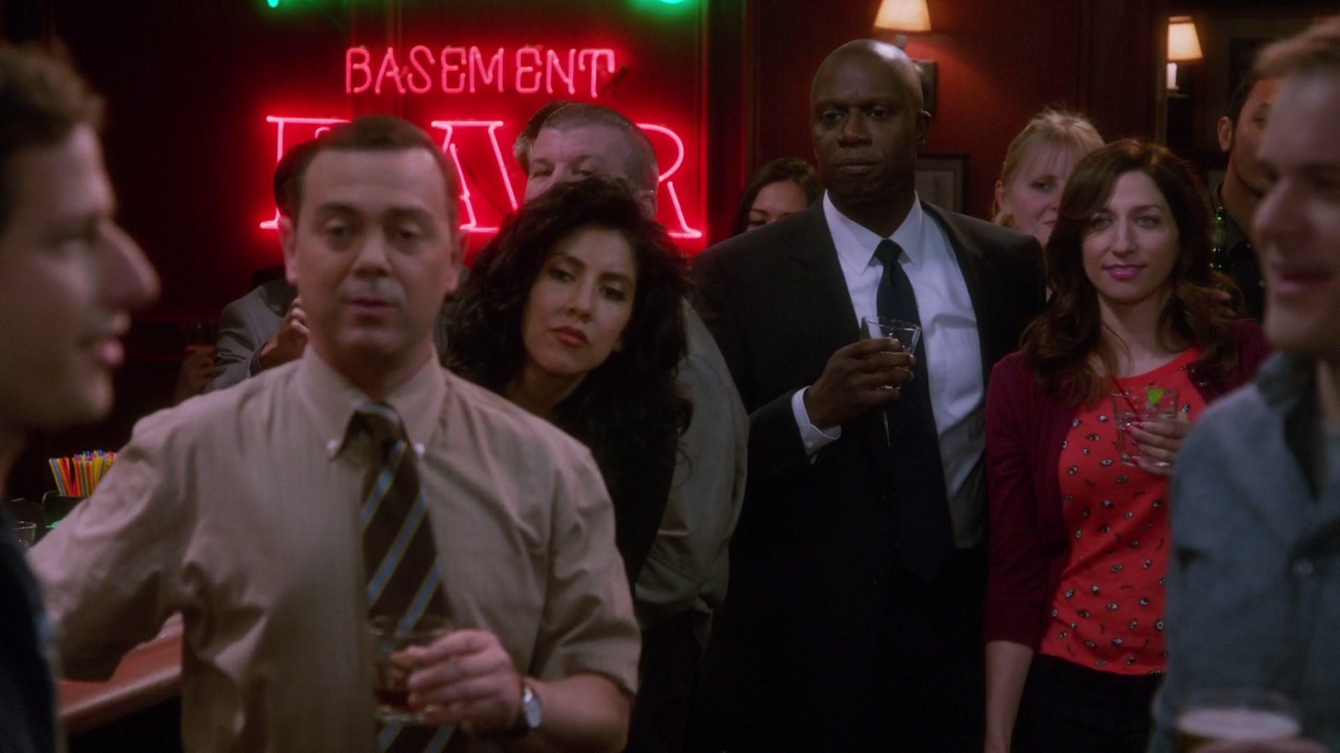 Brooklyn Nine-Nine Season 1 (2013) x264 8 Bits 1080p