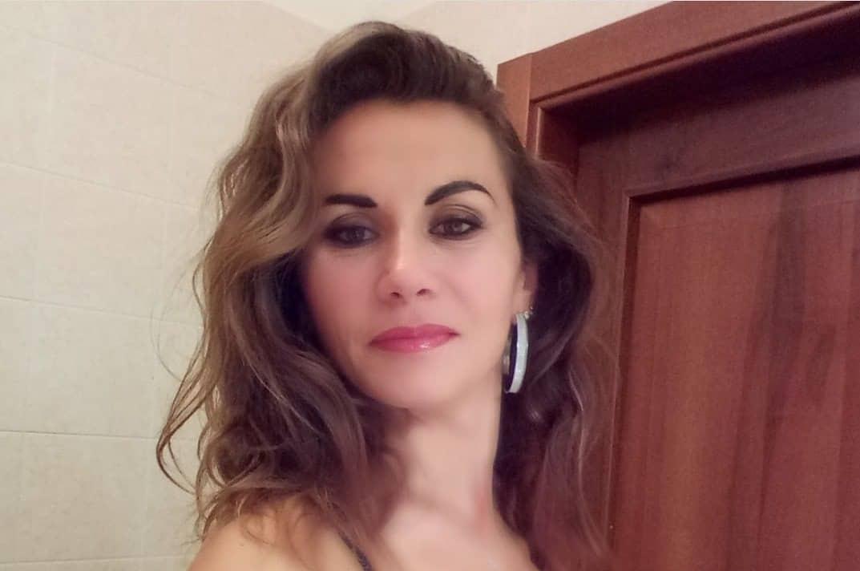 Francesca-Nerina-Wallpapers-Insta-Fit-Bio-6