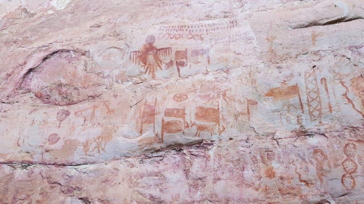 amazon-umjetnost-stijene-drevni-prizor-JOSEIRIARTE3
