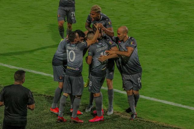 1-Caracas-FC-min