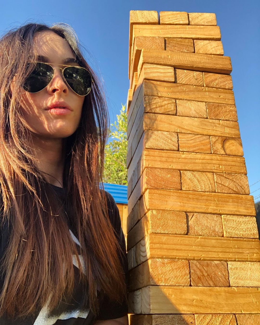 Megan-Fox-Wallpapers-Insta-Fit-Bio-15
