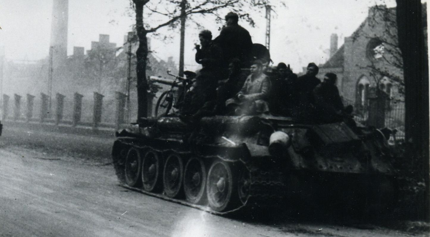 3485-1945