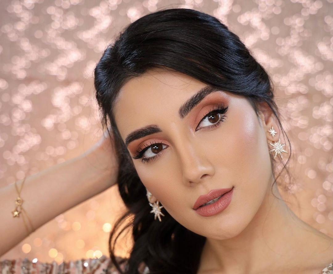Sadaf-Beauty-Wallpapers-Insta-Fit-Bio-Sadaf-Taherian-Wallpapers-Insta-Fit-Bio-6