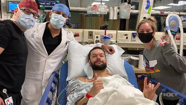 Actualización médica de Finn Bálor