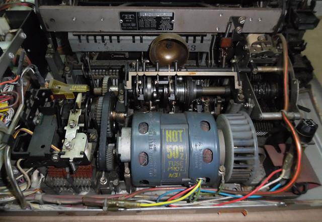 teletype-asr-33-27.jpg