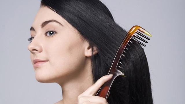 Feel-Simplicity-Oily-Hair-top.jpg