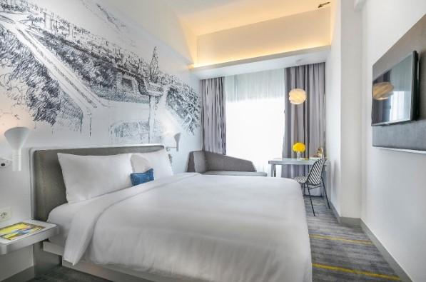 trendy-hotel