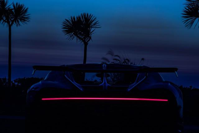 Tournée exclusive aux États-Unis - La Chiron Pur Sport poursuit son voyage à travers la Californie 11-bugatti-newport-beach-pur-sport