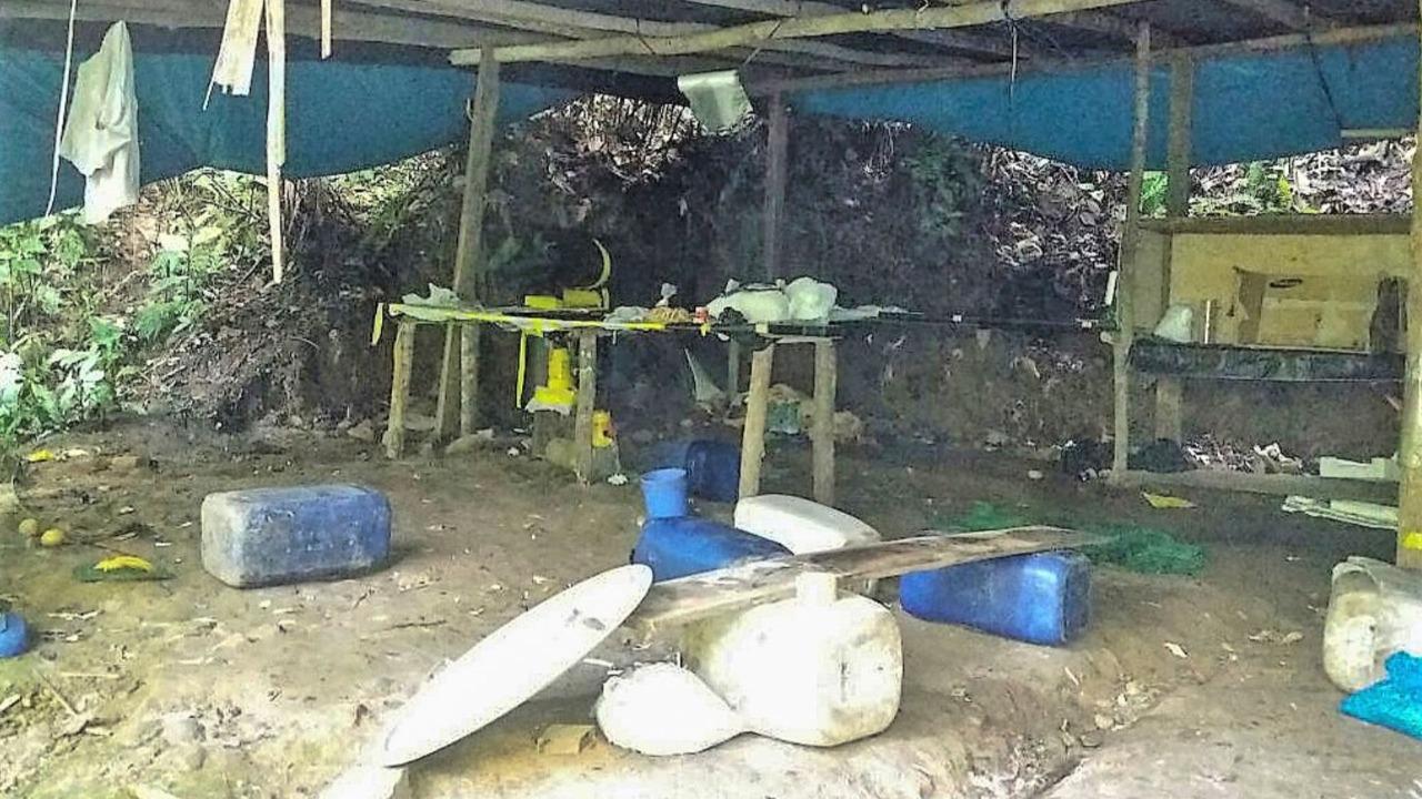 PNP destruye en Puno 13 laboratorios rústicos para el procesamiento de droga