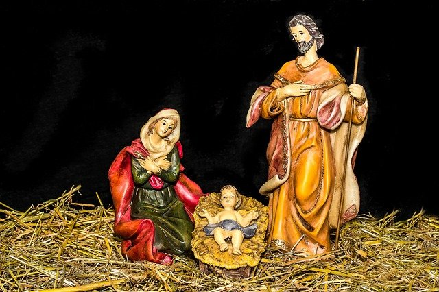 christmas-crib-figures-1904439-640