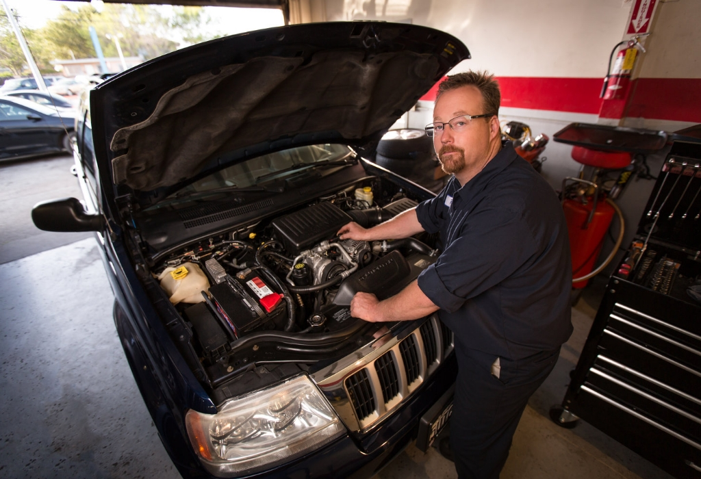 Auto Repair Service – An In Depth Anaylsis on What Works and What Doesn't