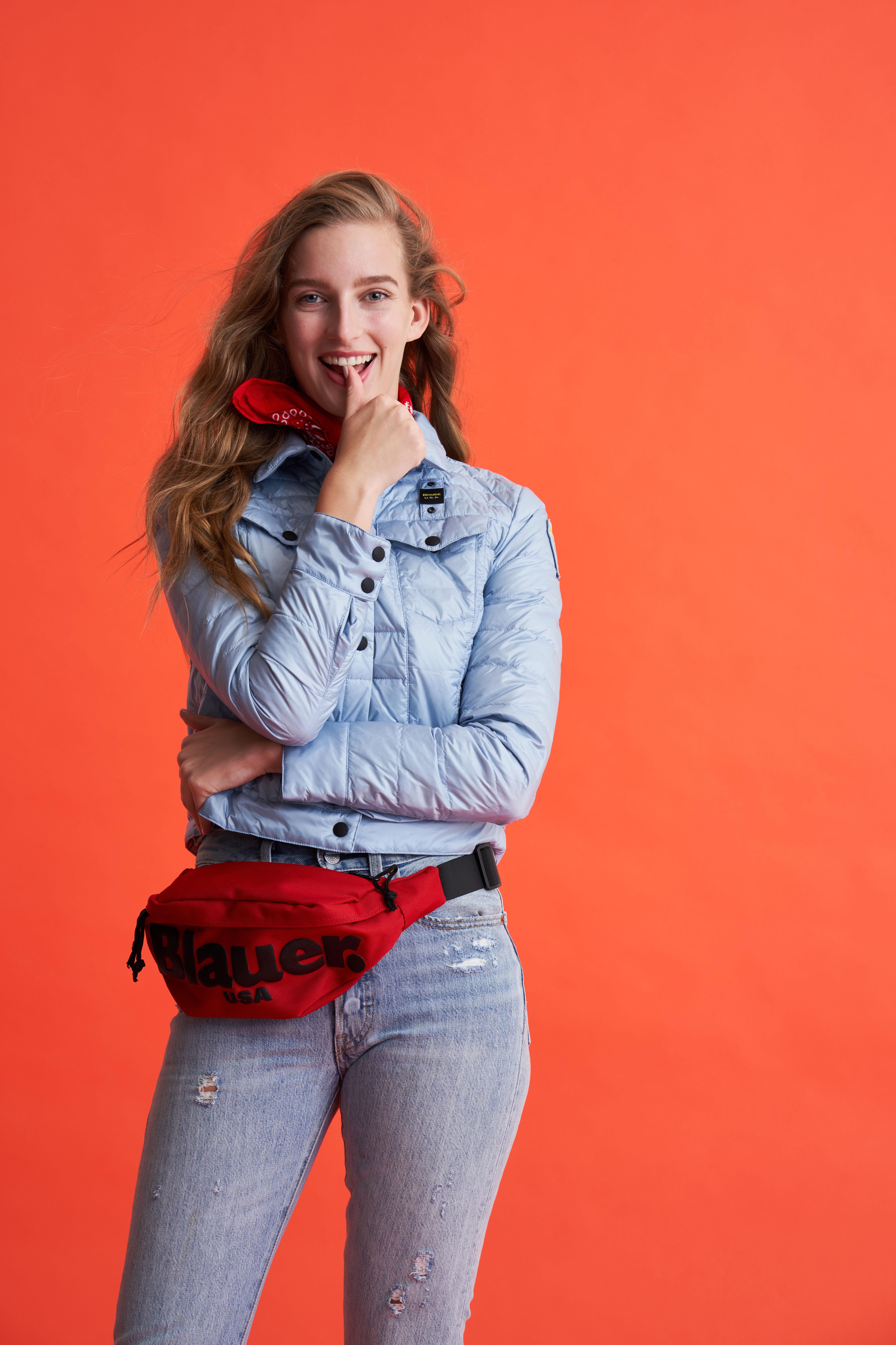 """""""Smile"""", gli scatti di James Mollison nella campagna Blauer USA SS21"""