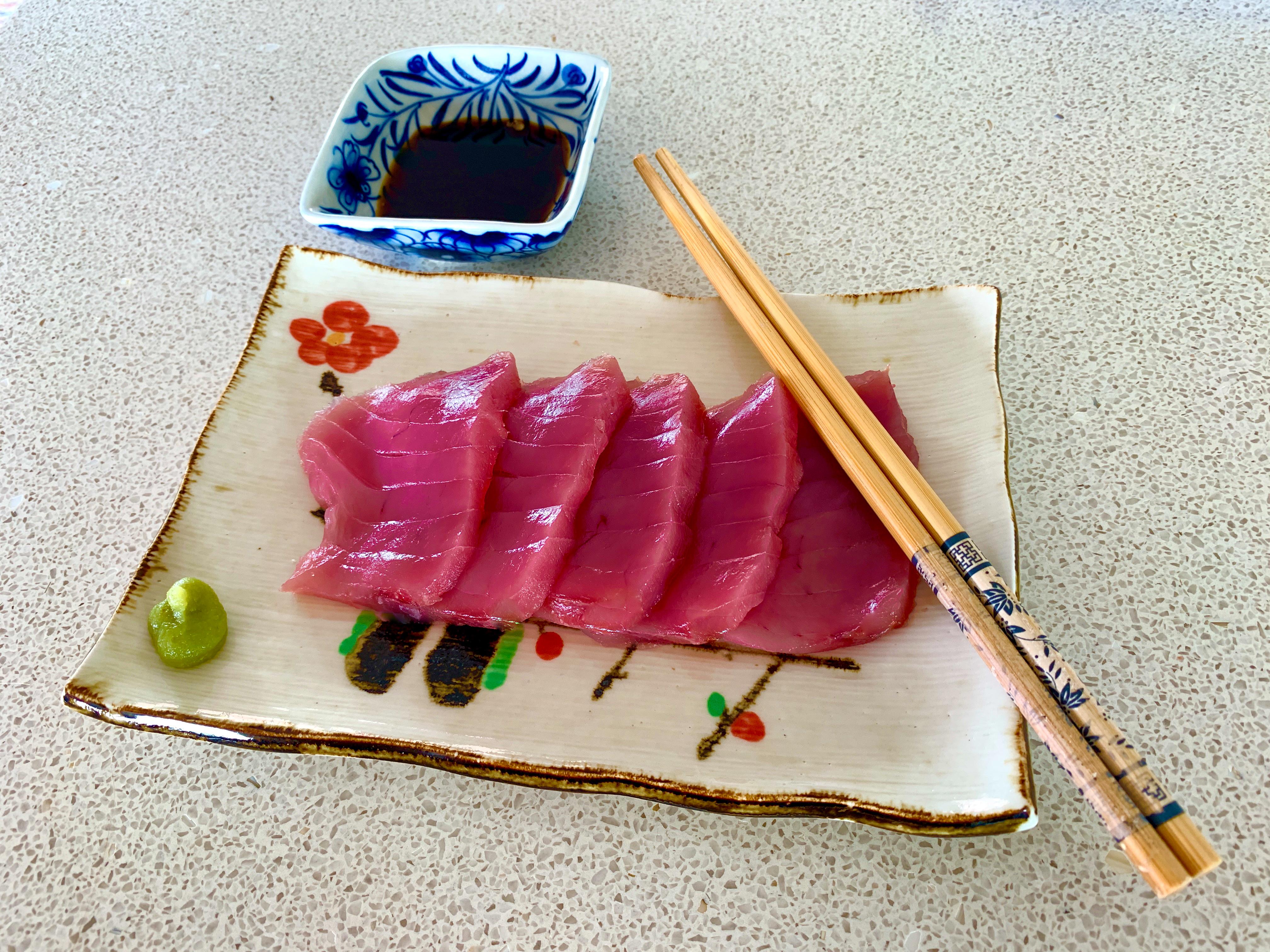 Food-Yellowfin-Tuna-Sashimi.jpg