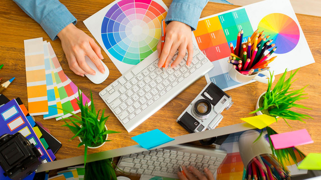 A Free, On-line Graphic Design Device