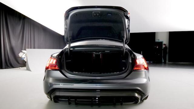2021 - [Audi] E-Tron GT - Page 6 C7-AE22-AF-69-C6-44-FD-8902-093760-F6-DE75
